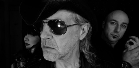 Men-Without-Hats-Black-and-White-Close-up-2012